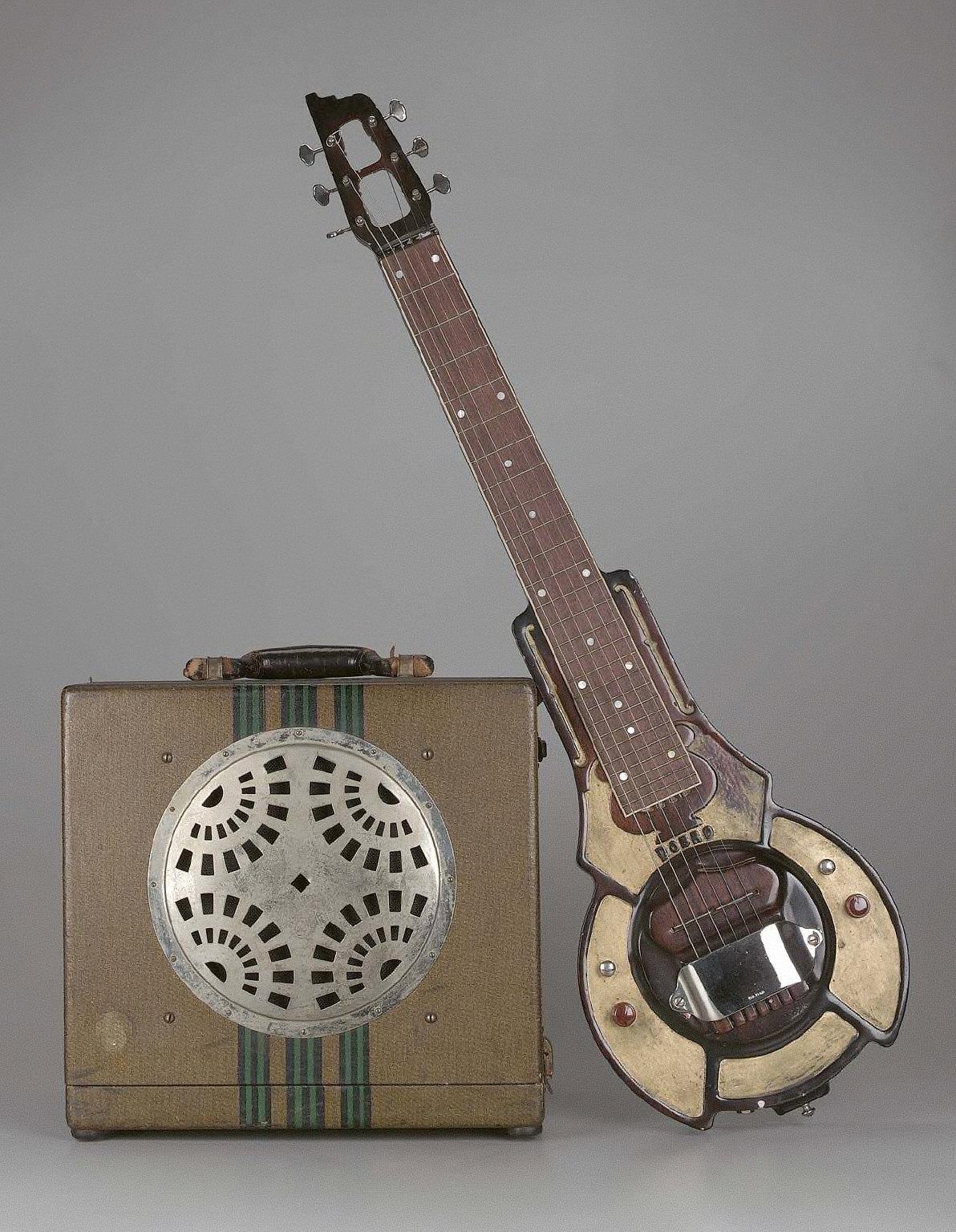 Lap steel guitar and amplifier (No. 1 Hawaiian guitar model)