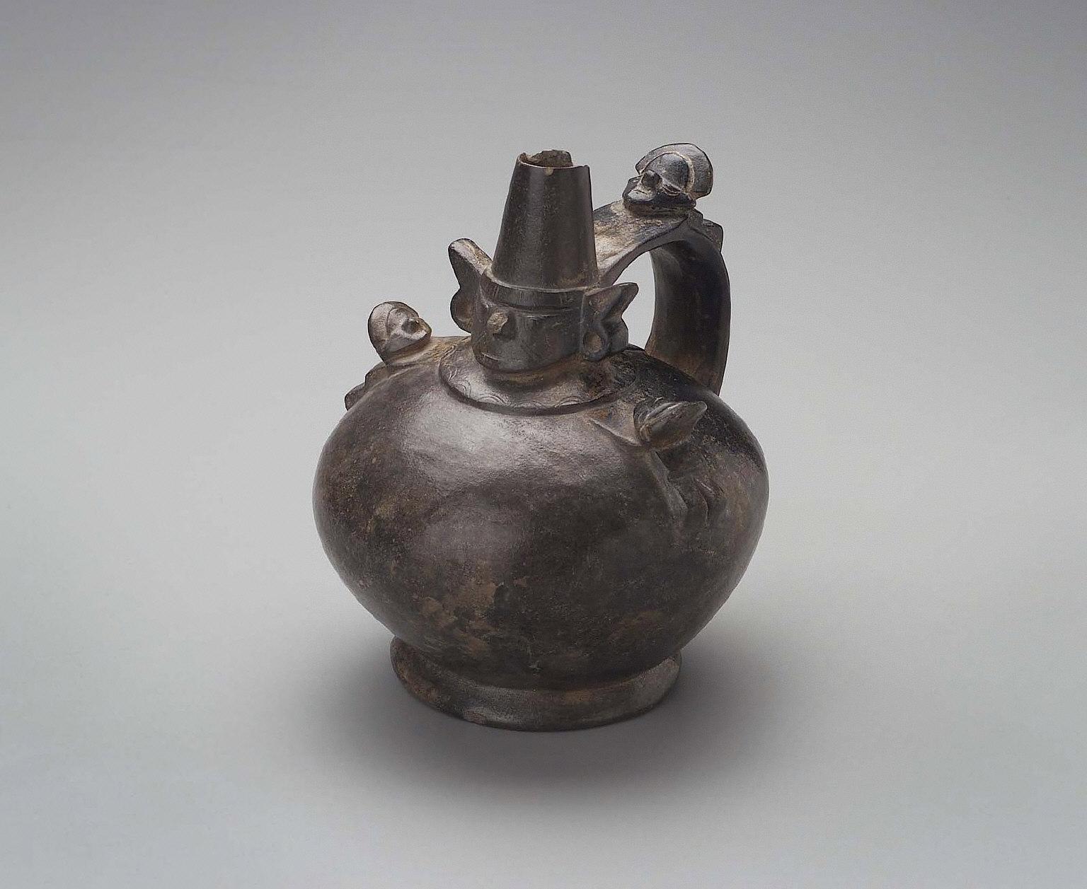 Sicán Lord effigy jar