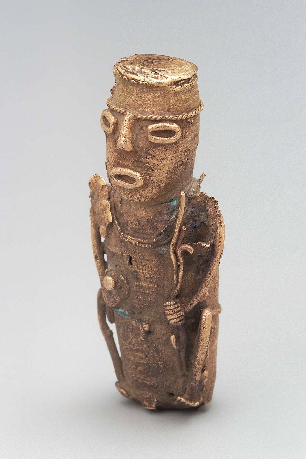 Seated male effigy figure