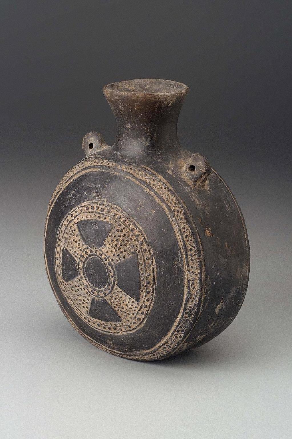 Flask-shaped jar