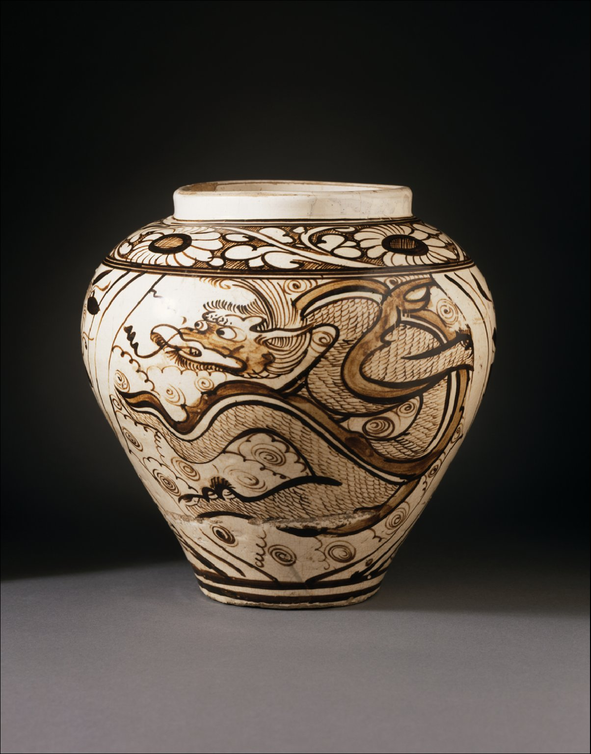 Jar (Ping) with Dragon and Clouds