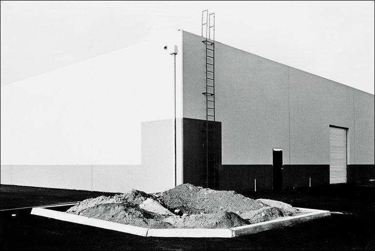 South Corner, Riccar America Company, 3184 Pullman, Costa Mesa