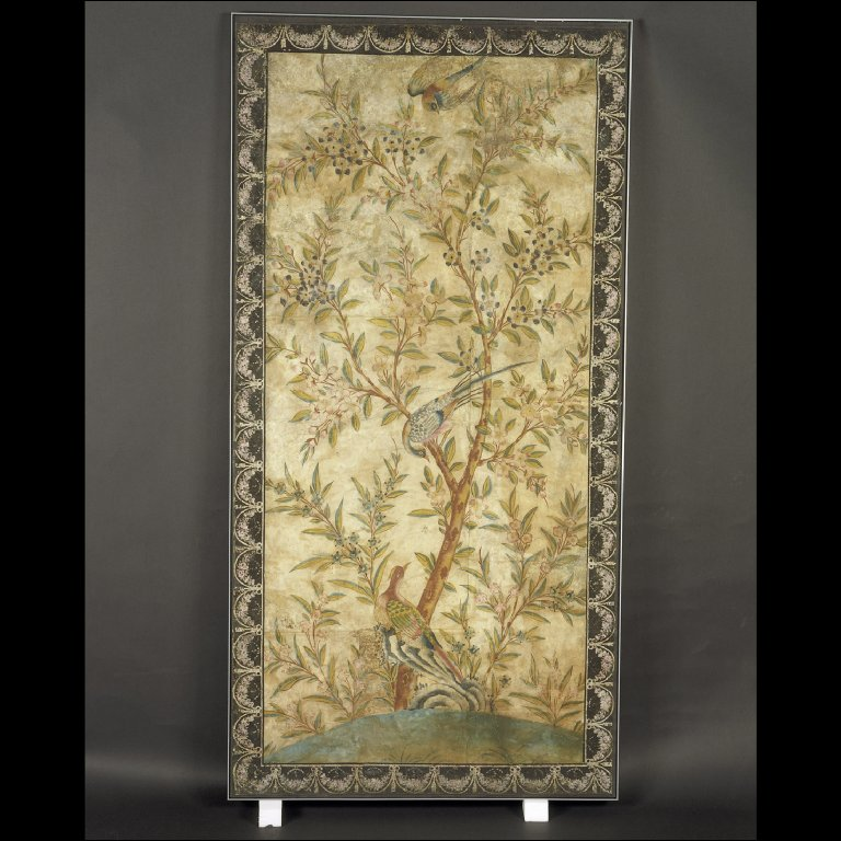 ENGLISH WALLPAPER painted in the Chinese style