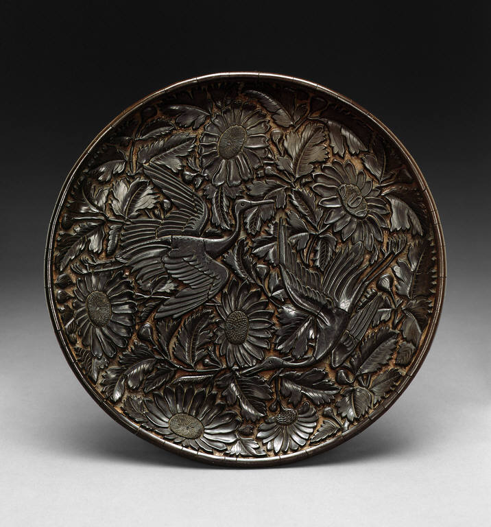 Tray with Cranes and Chrysanthemums