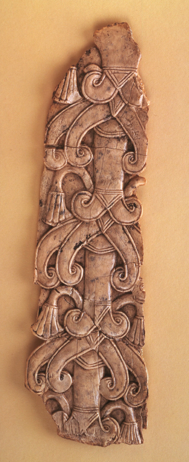 Panel with stylized tree tree with 3 branches, chevrons, and ribbing
