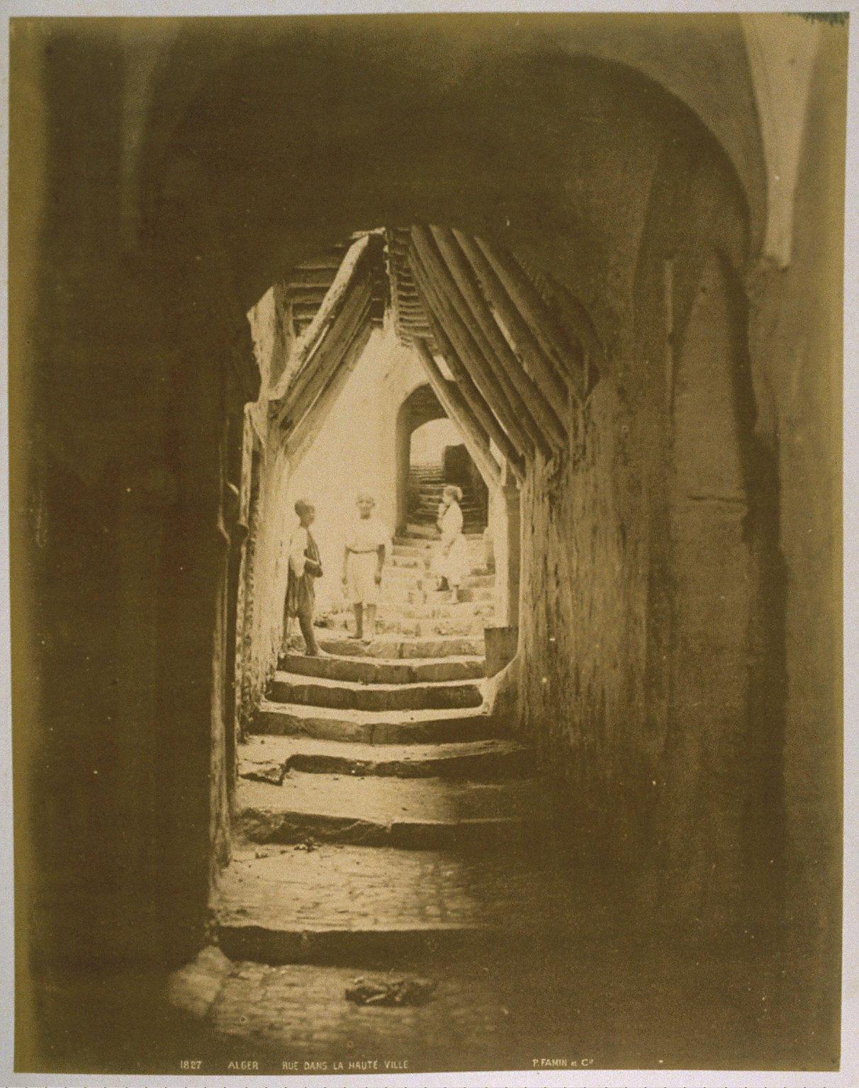 Alger, Rue dans la Haute Ville