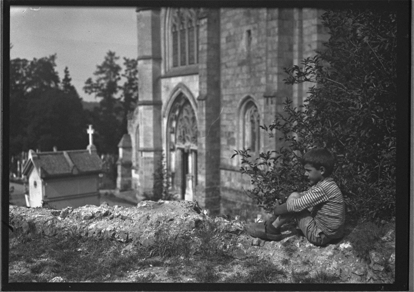 Notre Dame de la Coutere Meditations Fronas On Sabots(sic)
