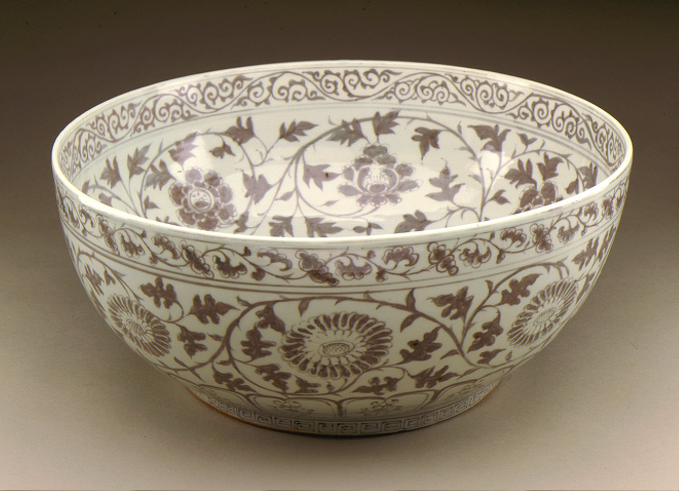 Large Bowl (Wan) with Floral Scrolls