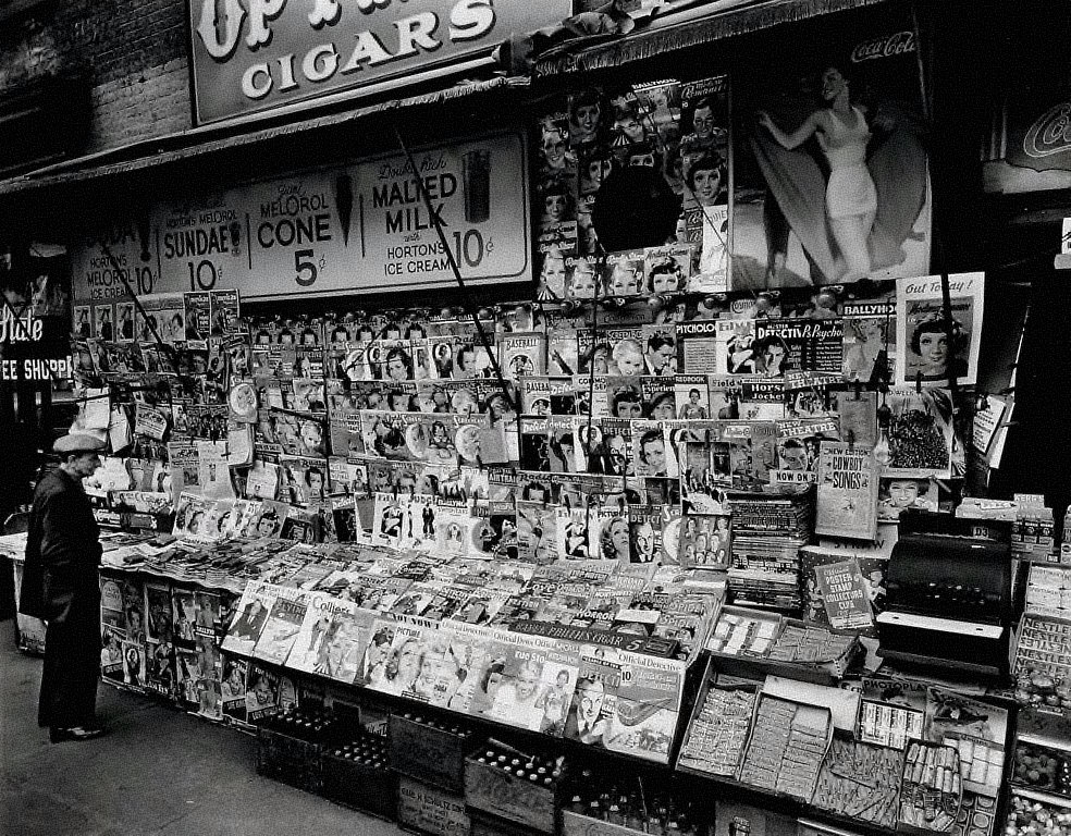 Newstand, Southwest Corner of 32nd Street and Third Avenue, Manhattan
