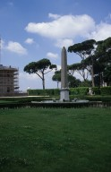 Fountain of the obelisk