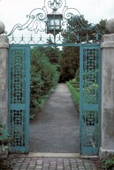 Entry gate between Forecourt and Formal garden