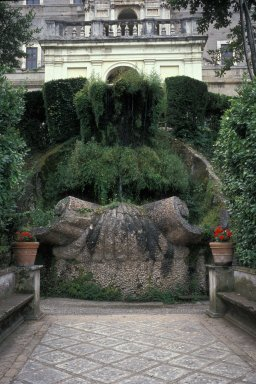 Fountain of the Bicchierone