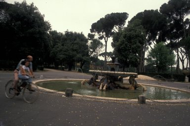 Fountain of the seahorses
